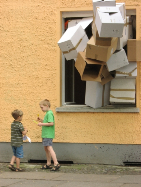 berlin installations thiago bortolozzo